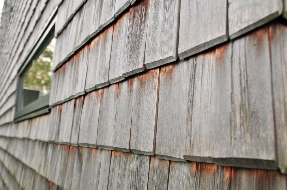Detailansicht der Holzfassade © Brunthaler Massivholzhaus